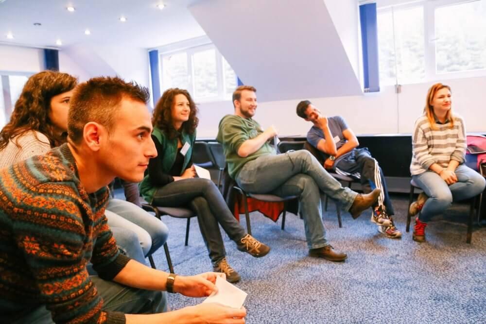 Mejorar la comunicación interna con dinámicas WallChart
